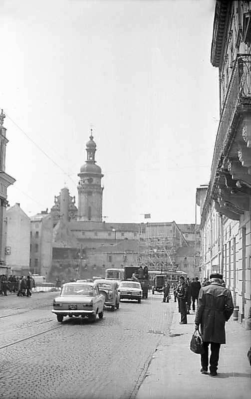 1976 р. Початок вулиці з видом на…