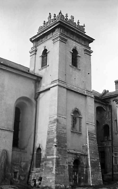 1976 р. Башта. Вигляд з південного…