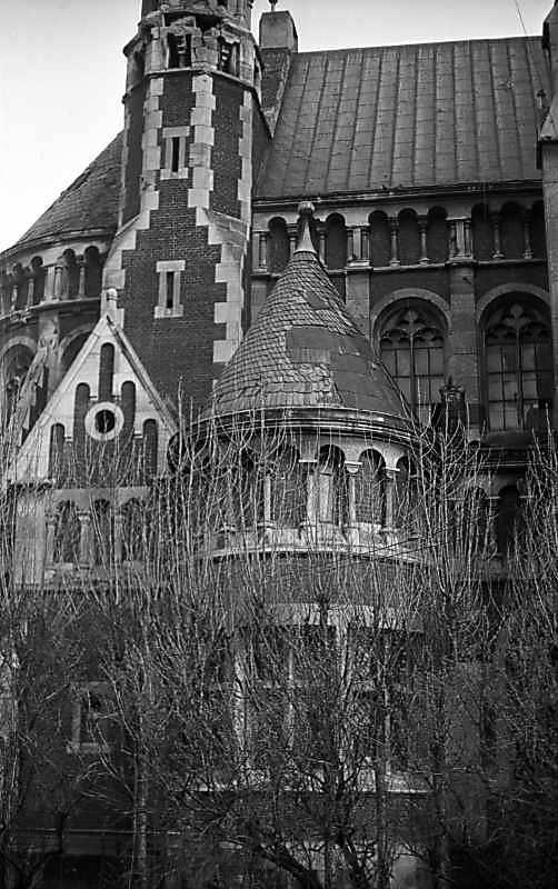 1976 р. Фрагмент бічного фасаду. Вигляд з позиції С4
