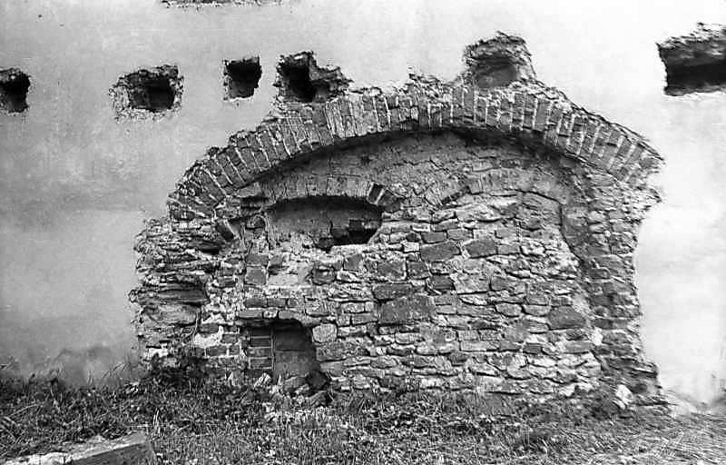 1976 р. Східний мур. Замурована…