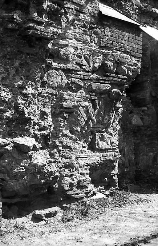1977 р. Фрагмент давньої кладки
