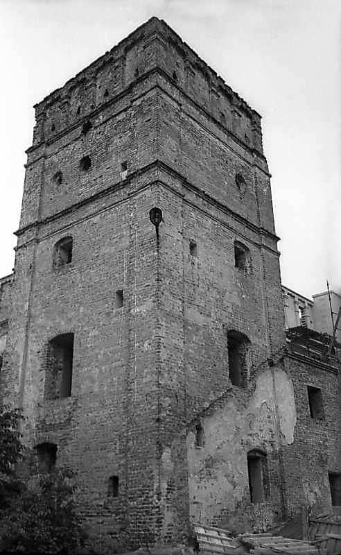 1977 р. Башта. Вигляд з півдня
