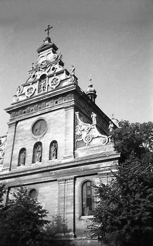1977 р. Головний фасад. Вигляд з…