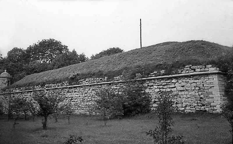 1977 р. Фас бастіону