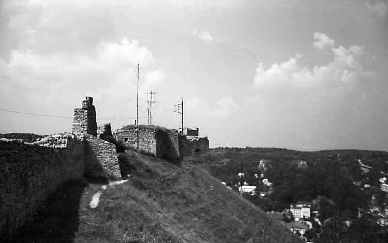 1977 р. Вигляд зі сходу