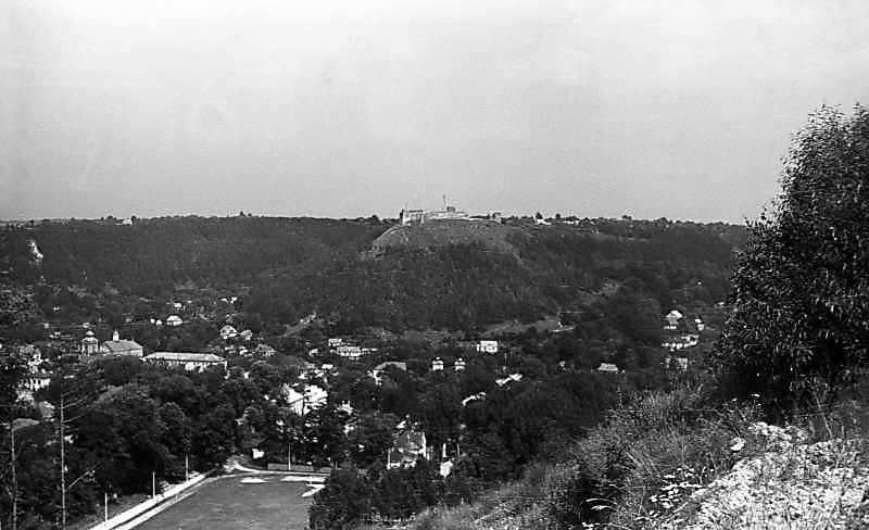 1977 р. Вид на Замкову гору і центр міста з південного заходу
