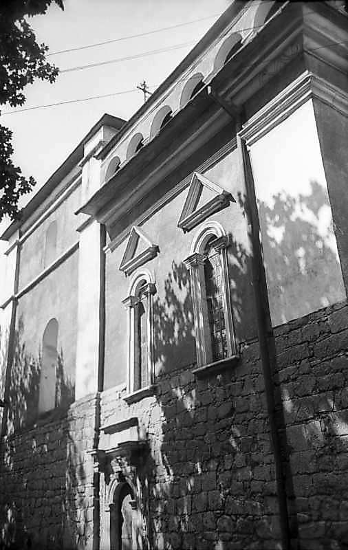1977 р. Бічний фасад. Вигляд з…