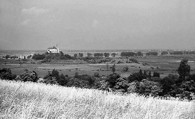 1977 р. Панорама із замком з…