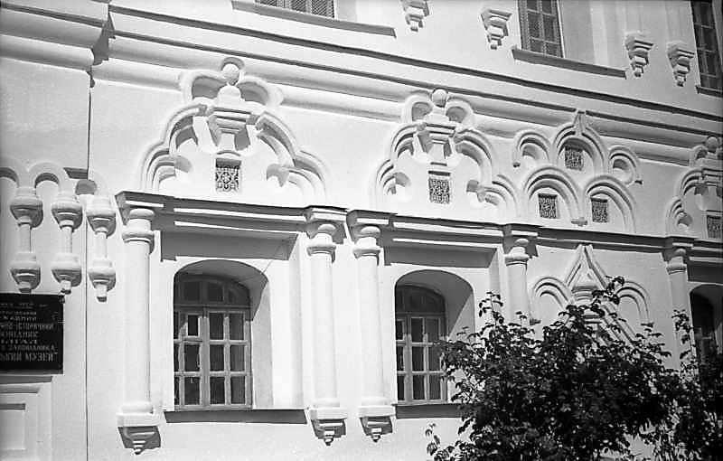Вікна першого поверху