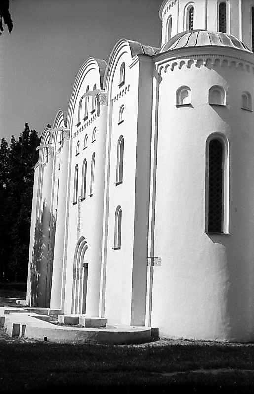 1977 р. Південна стіна. Вигляд зі сходу