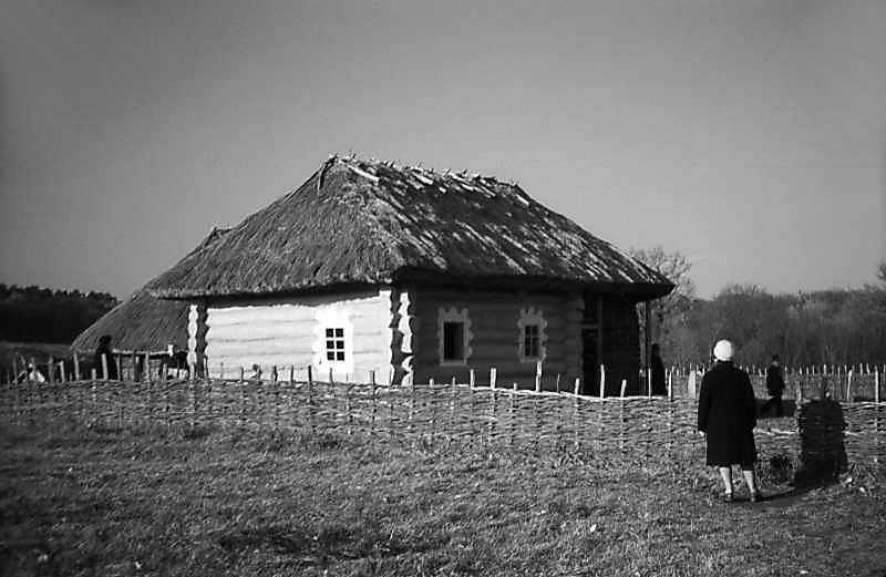 1977 р. Загальний вигляд з боку дороги