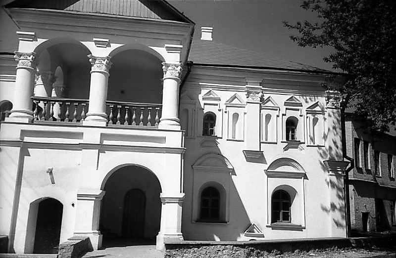 1978 р. Права частина головного фасаду