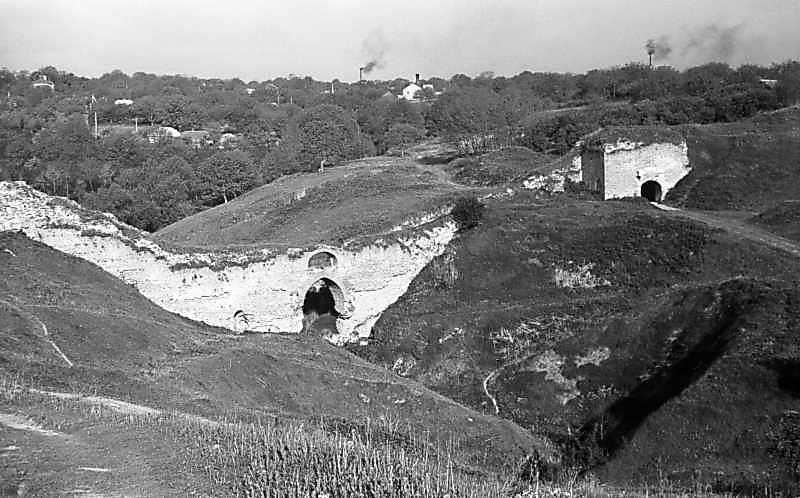 1978 р. Фрагмент західного муру і Яська брама. Вигляд з південного сходу