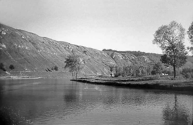 1978 р. Вид ріки Збруч біля замку