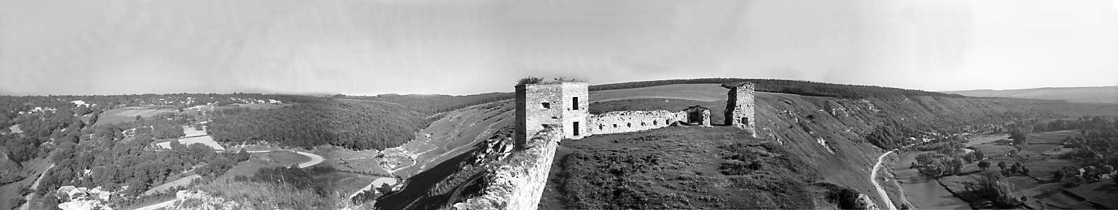 1978 р. Панорама подвір'я. Вигляд з…