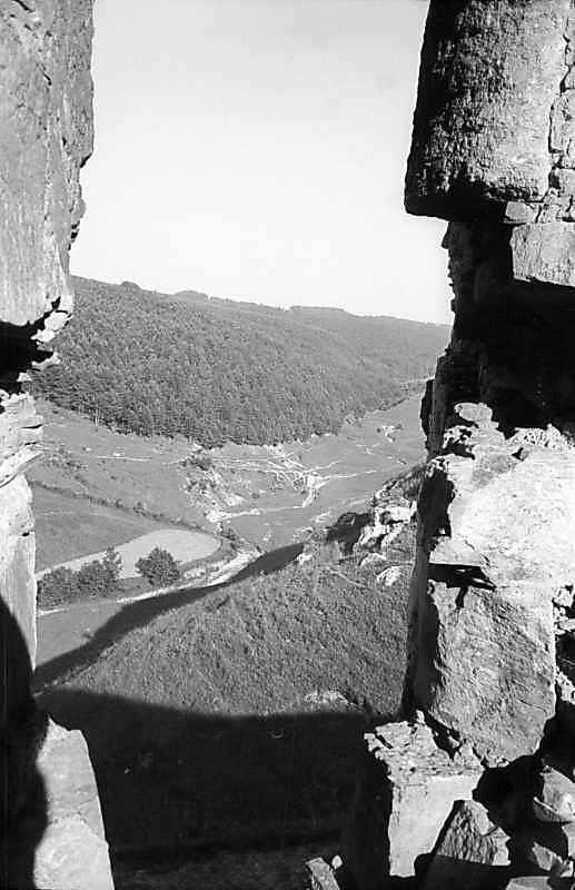 1978 р. Вид на яр крізь бійницю