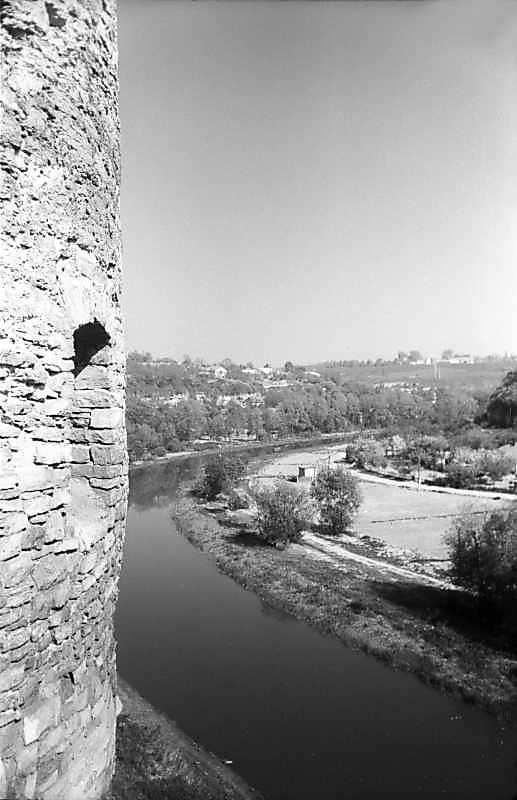 1979 р. Башта нависає над Смотричем