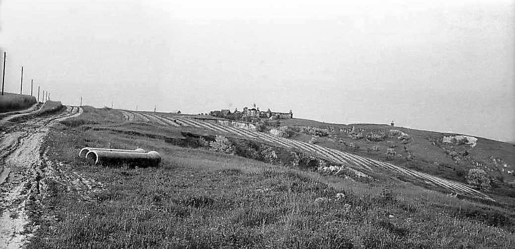 1982 р. Краєвид біля Ходосівки з декоративним давньоруським містом (для зйомок кінофільму…