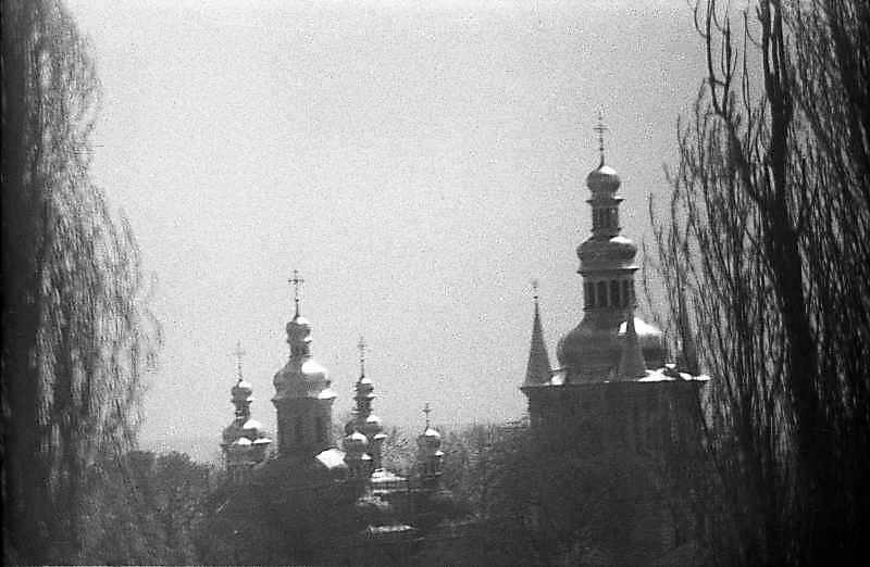 1983 р. Церква Різдва богородиці та…