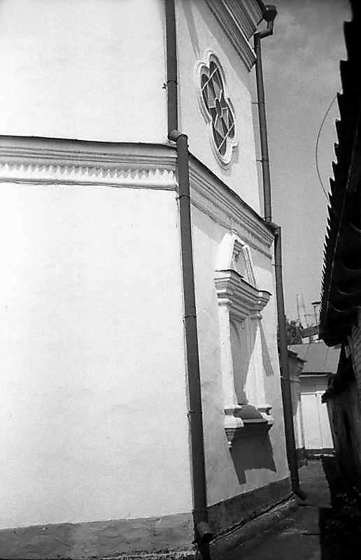 1983 р. Фрагмент північної частини нави. Вигляд зі сходу