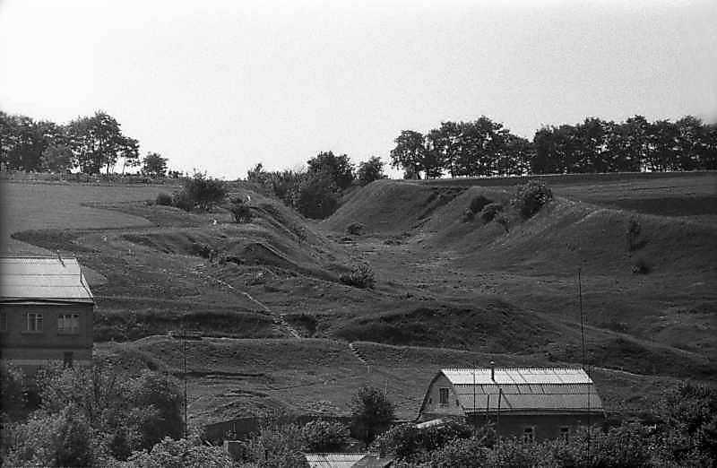 1983 р. Яр поблизу монастиря
