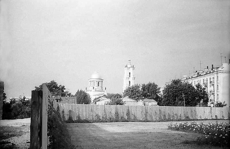 1983 р. Собор в панорамі міста. Вигляд з північного сходу