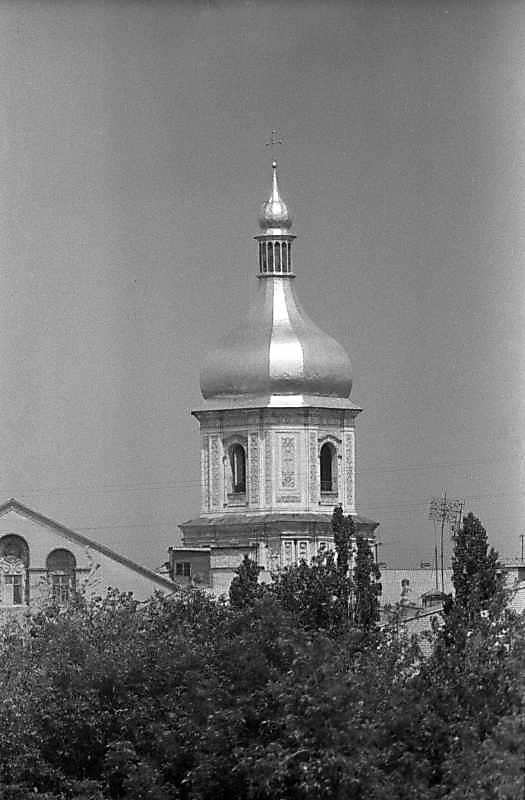 1984 р. Верхні яруси. Вигляд з півдня, із Золотих воріт