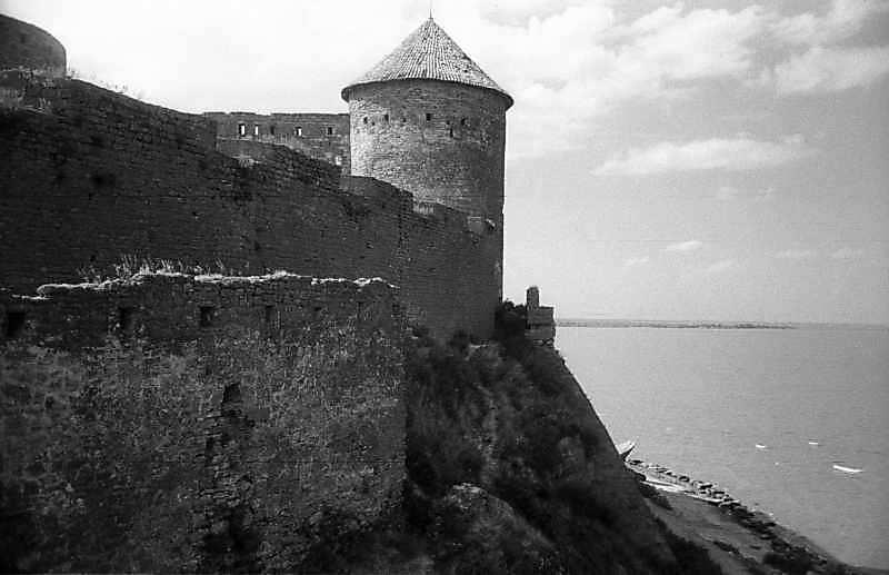 1984 р. Північний мур середнього двора…
