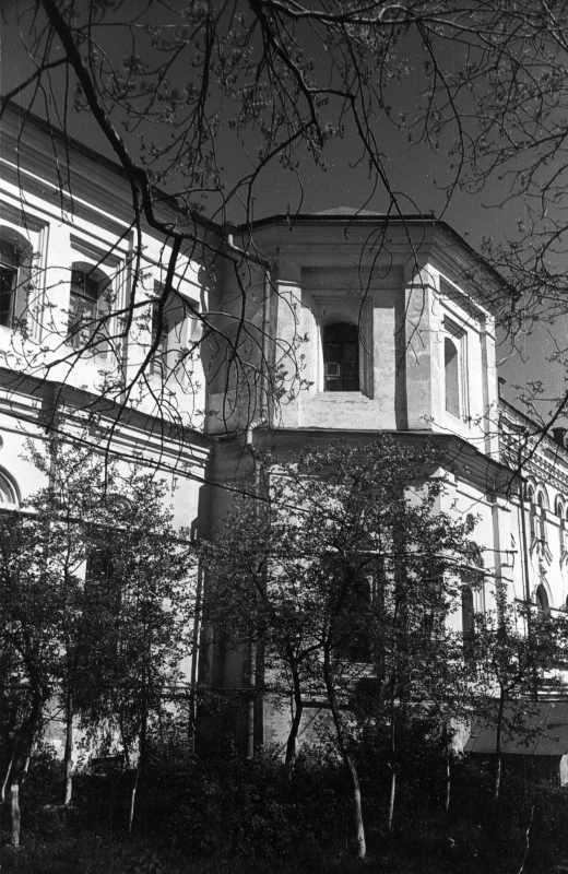 1986 р. Південний фасад. Вигляд з…