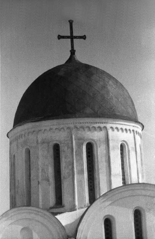 1987 р. Верх. Вигляд із заходу