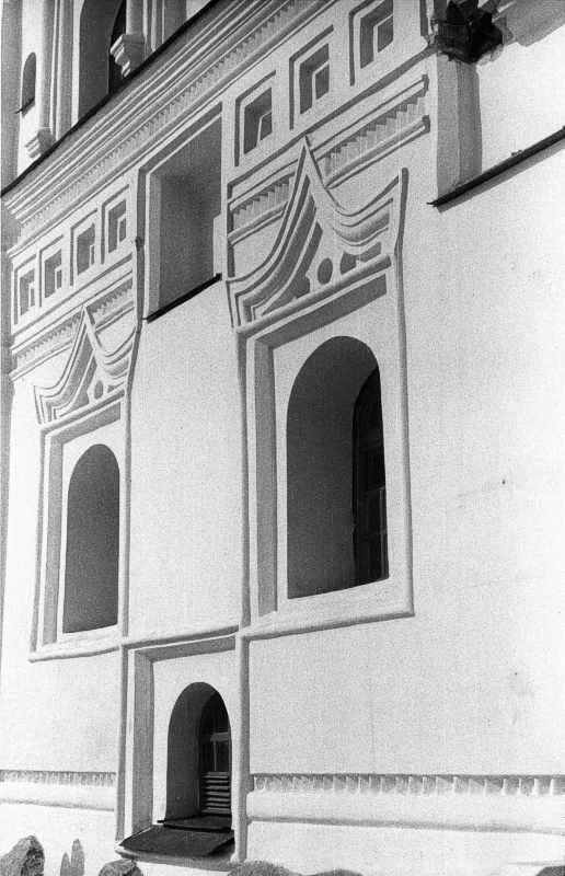 1987 р. 1-й ярус дзвіниці. Вигляд з…