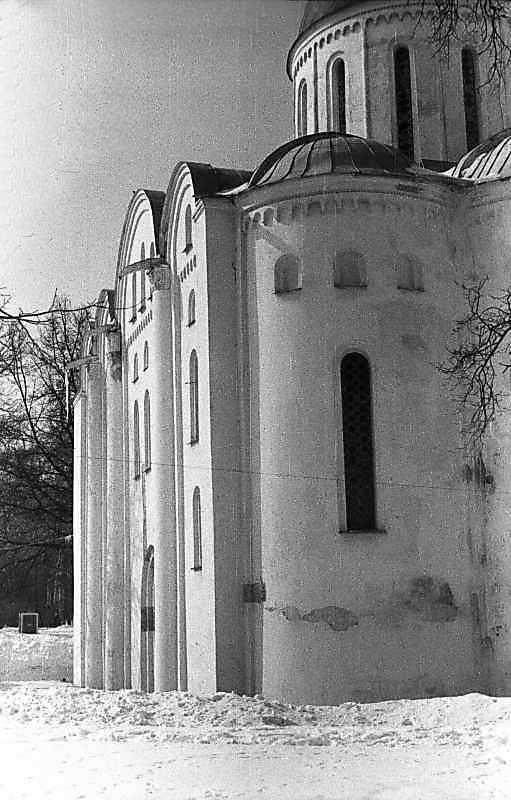 1987 р. Вигляд зі сходу