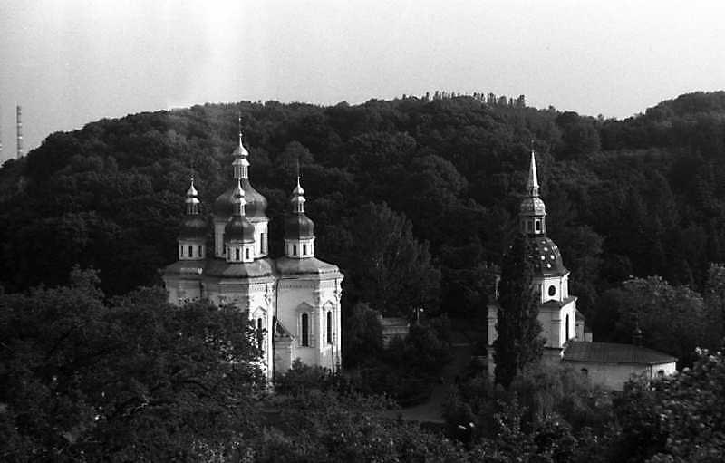 1987 р. Георгіївський собор і дзвіниця. Вигляд з півночі