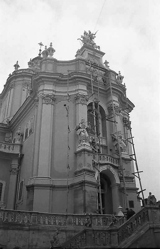 1987 р. Головний фасад. Вигляд зі сходу