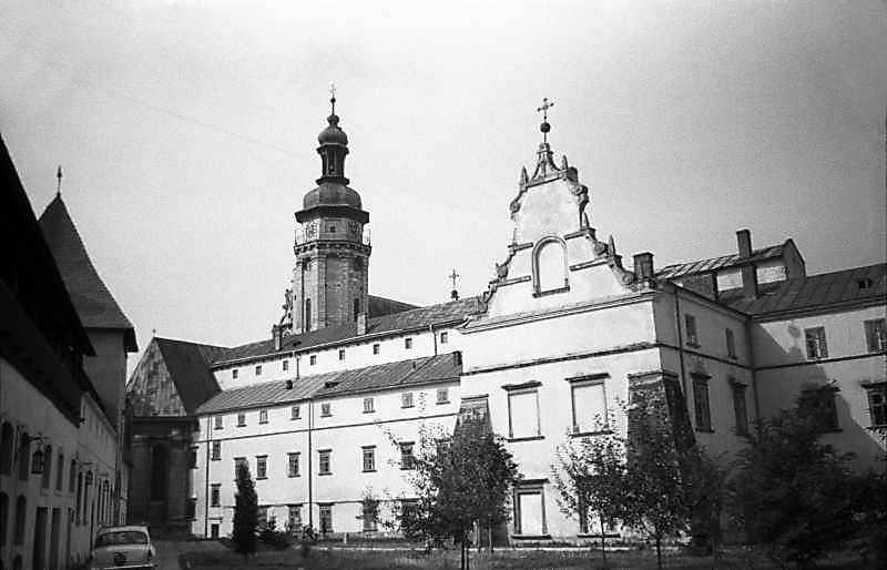 1987 р. Східний фасад. Вигляд з північного сходу