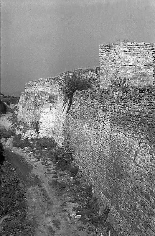 1987 р. Південний фронт з баштами 10 –…