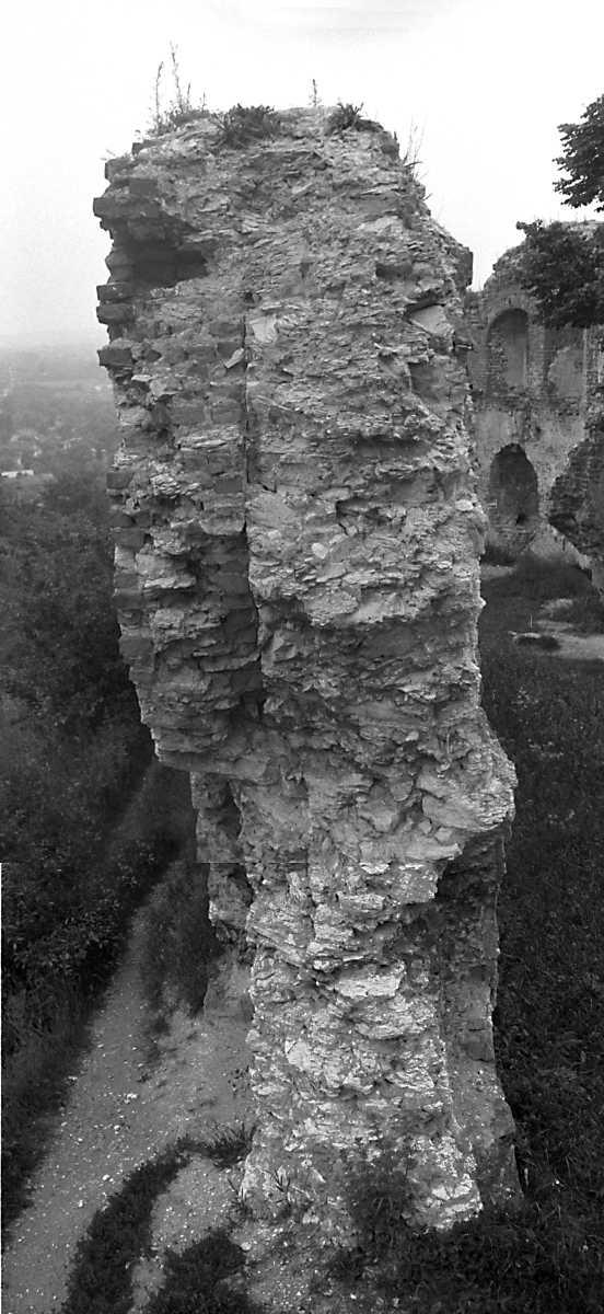 1988 р. Обрив кладки чільного муру.…