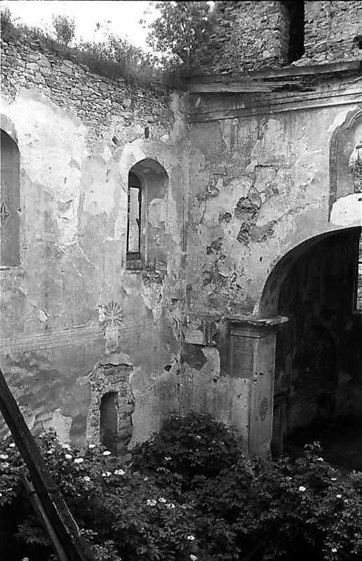 1988 р. Інтер'єр нави з 3-го ярусу башти