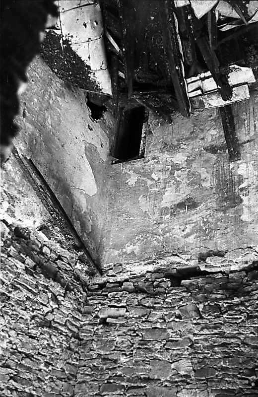 1988 р. Інтер'єр башти (?)