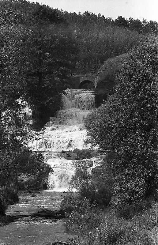 1988 р. Загальний вигляд водоспаду і…