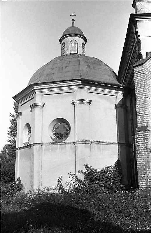 1988 р. Каплиця. Вигляд із заходу