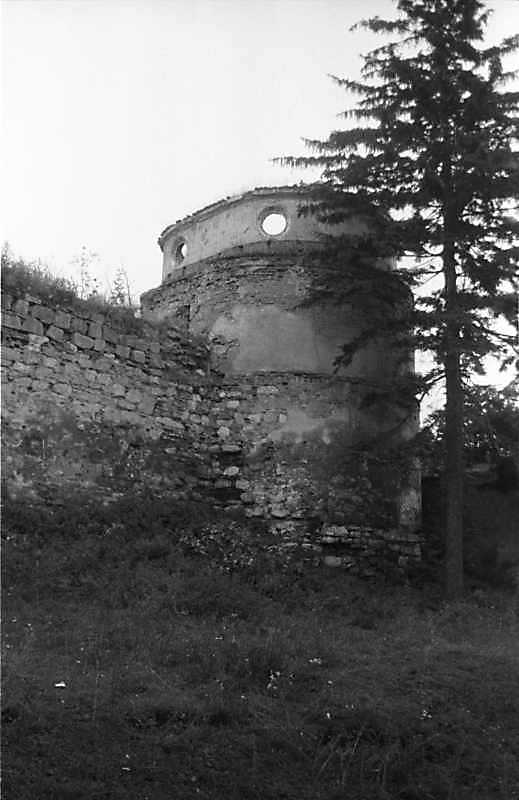 1988 р. Південно-східна башта. Вигляд з північного заходу