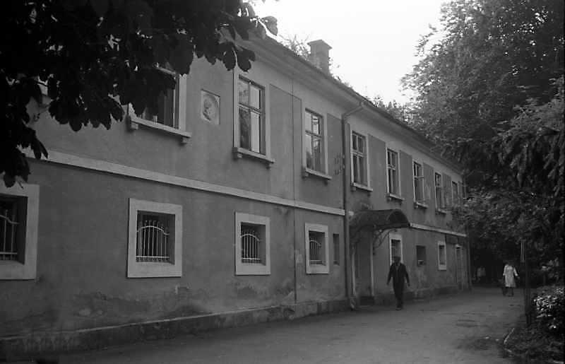 1989 р. Західний фасад. Вигляд з північного заходу