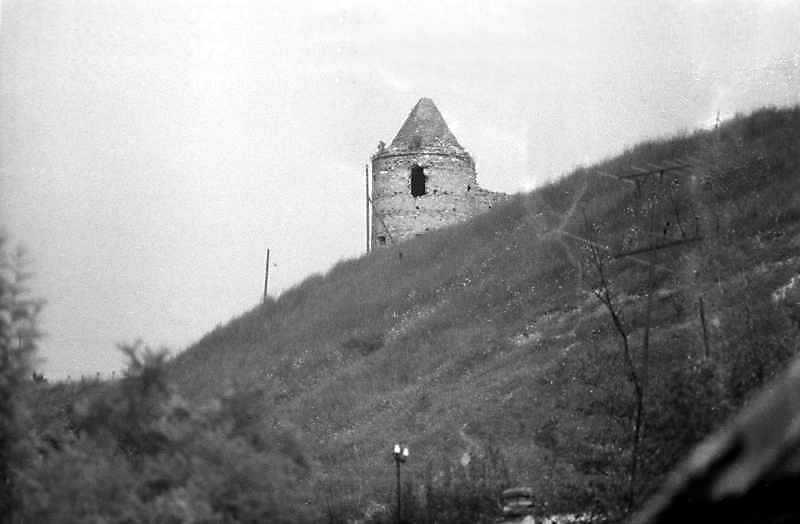 2011 р. Південно-західна башта. Вигляд з півдня