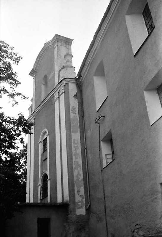 1989 р. Костел і корпус 2. Вигляд з…