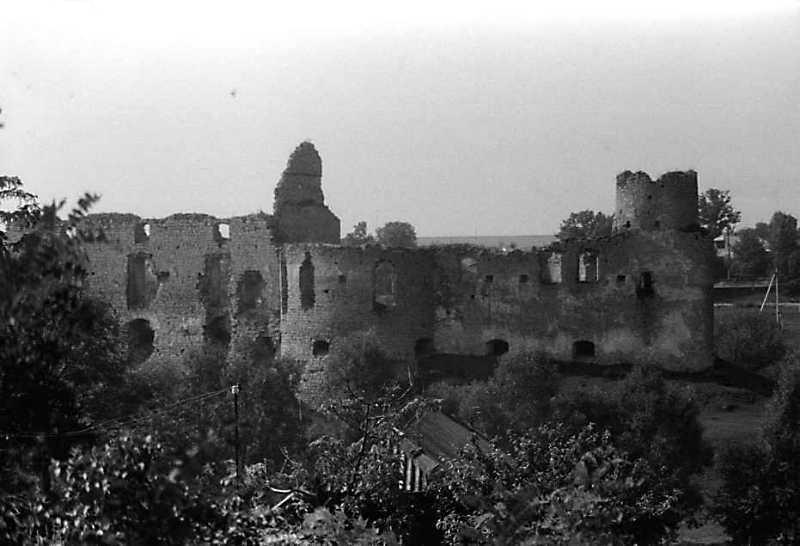 1989 р. Мур 3, башти 2 та 1. Вигляд з півночі