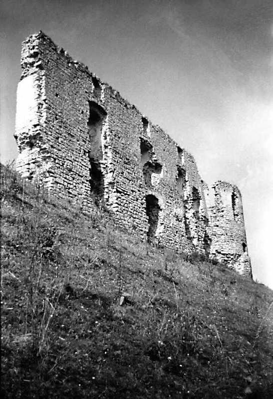 1989 р. Мур 3 і башта 2. Вигляд з…