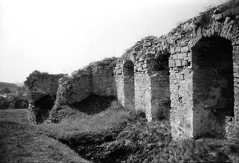 1989 р. Башта 14 і мур палацу. Вигляд…