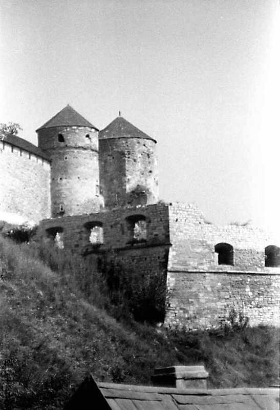 1989 р. Башти Ковпак, Папська,…