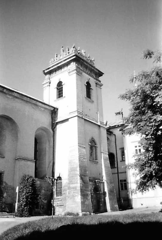 1990 р. Башта. Вигляд з південного…